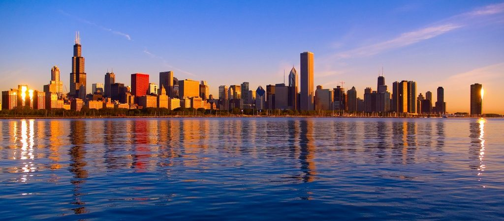 Chicago-skyline-from-Adler-Planetarium-sunrise